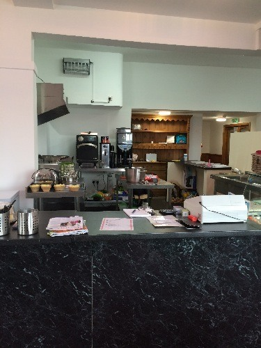 cafe-kitchen